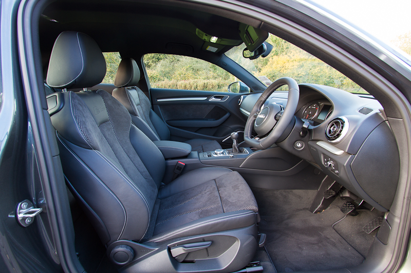 You wanted pics audi for Interieur cuir audi a4